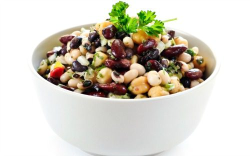 אכילת קטניות עלולה לגרום לנפיחות בבטן
